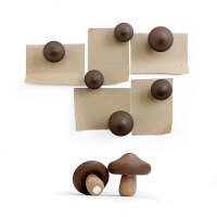 Shiitake mushrooms 6 pack, fridge magnets. From Qualy.