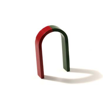 Large horseshoe magnet 10x6 cm.